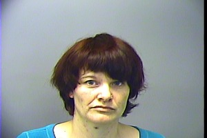 Warrant photo of Michelleda Dawn Carlisle